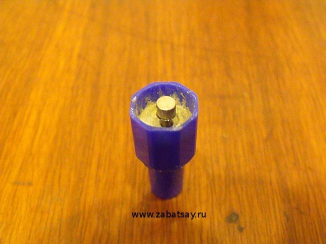 Поршень двигателя Стирлинга с магнитом
